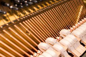 hoe werkt een piano toetsen