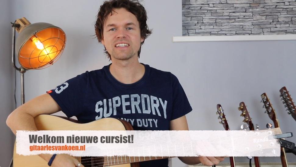 Online gitaar leren spelen Gitaarles van Koen