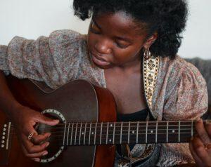 online gitaar leren spelen oefenen